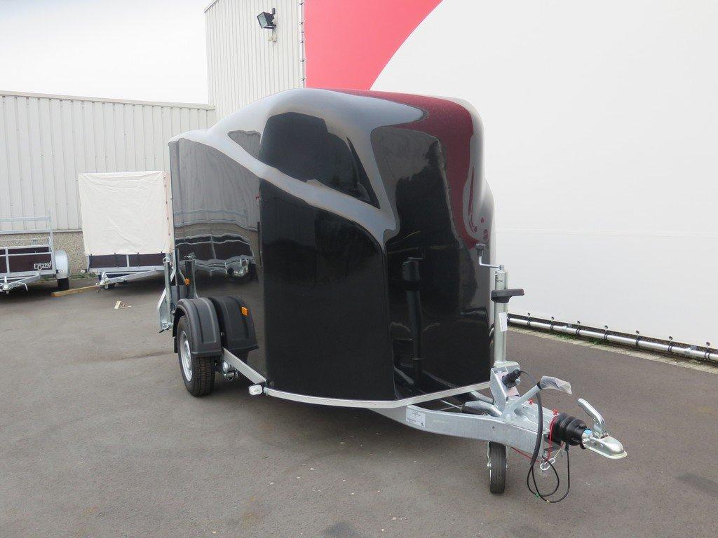 Easyline gesloten aanhanger 300x151x170cm 1300kg zwart Aanhangwagens XXL West Brabant 4.0 voorkant Aanhangwagens XXL West Brabant