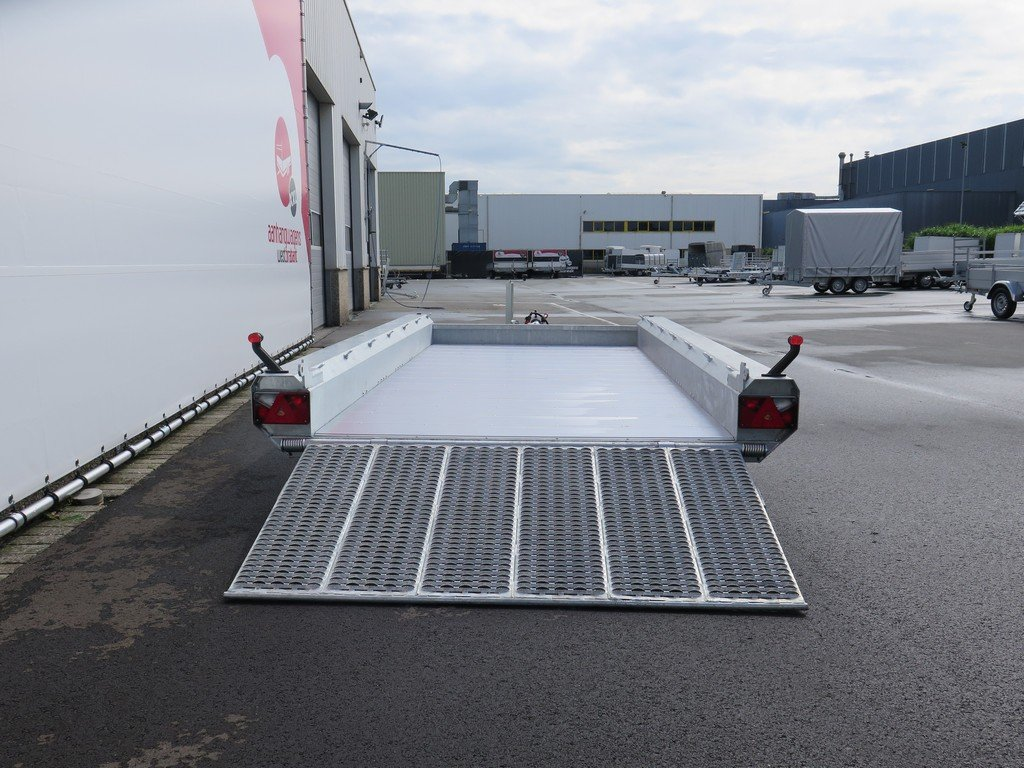 Hulco machinetransporter 394x180cm 3500kg Aanhangwagens XXL West Brabant 2.0 achter open