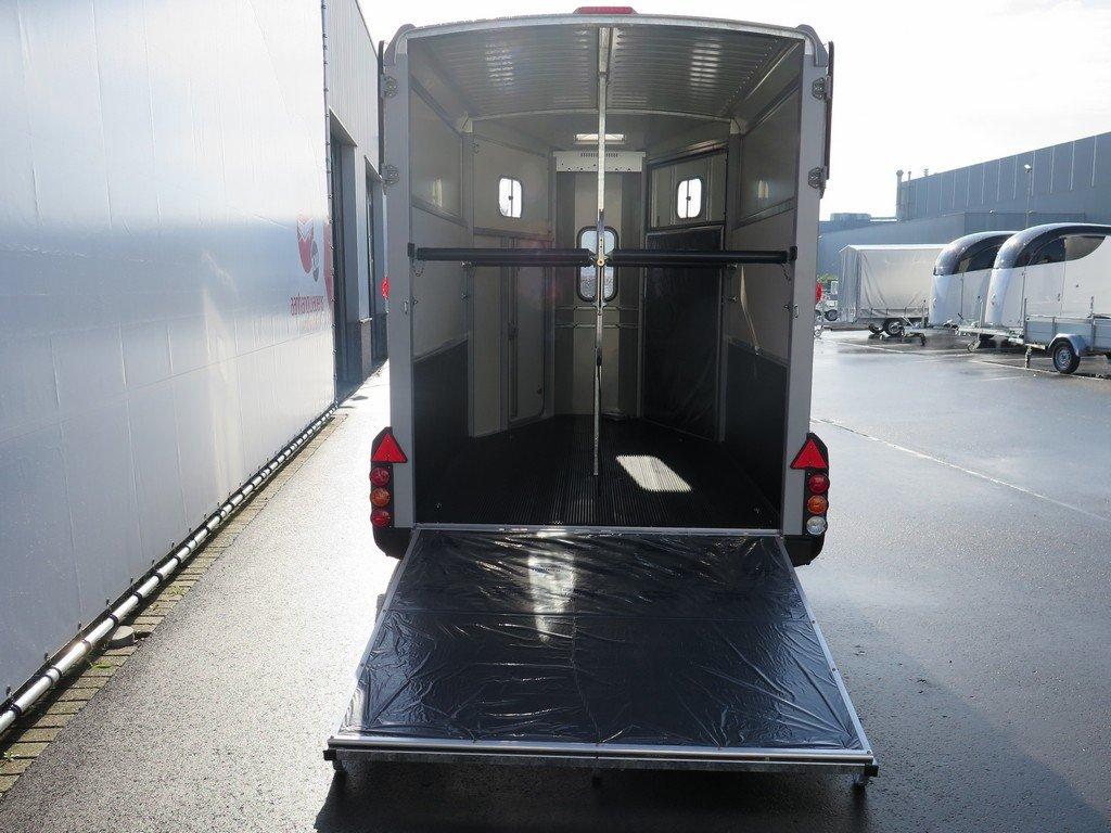 Ifor Williams HB511 2 paards paardentrailer Ifor Williams HB511 2 paards paardentrailer Aanhangwagens XXL West Brabant 2.0 achter open
