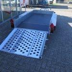 Ifor Williams machinetransporter 300x155cm 3500kg Aanhangwagens XXL West Brabant 2.0 achter open Aanhangwagens XXL West Brabant