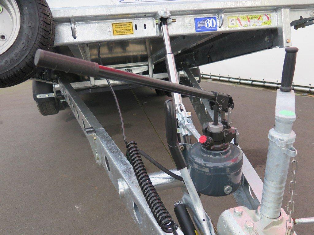 Ifor Williams machinetransporter 550x204cm 3500kg kantelbaar Ifor Williams machinetransporter 550x204cm 3500kg kantelbaar Aanhangwagens XXL West Brabant 3.0 handpomp