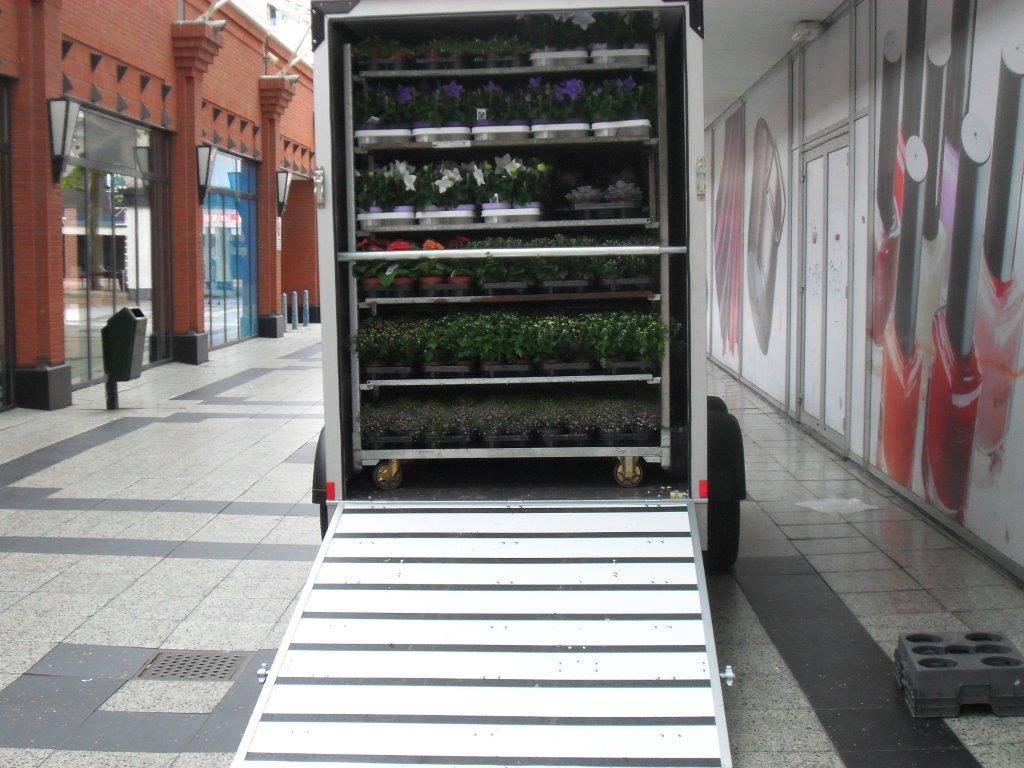proline-bloemenwagen-304x151x200cm-bloemenwagens-aanhangwagens-xxl-west-brabant-beladen-vol