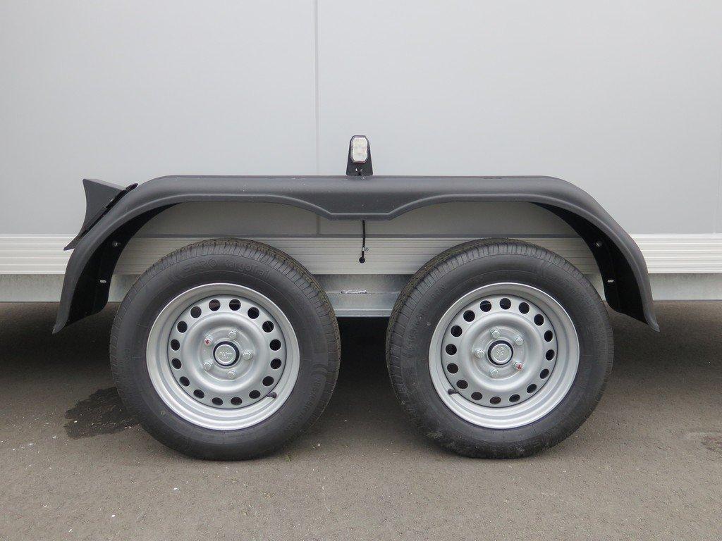 Proline gesloten aanhanger 425x175x190cm 2600kg Aanhangwagens XXL West Brabant tandemas Aanhangwagens XXL West Brabant
