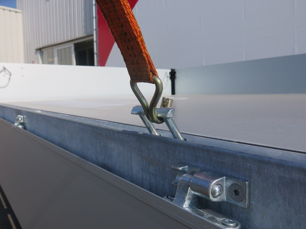 Proline kipper 331x185cm 2850kg Proline kipper 331x185cm 2700kg Aanhangwagens XXL West Brabant touwhaken