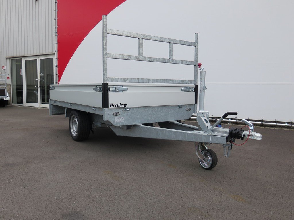 Proline plateauwagen 251x155cm 1500kg Proline plateauwagen 251x155cm 1350kg Aanhangwagens XXL West Brabant 3.0 voorkant