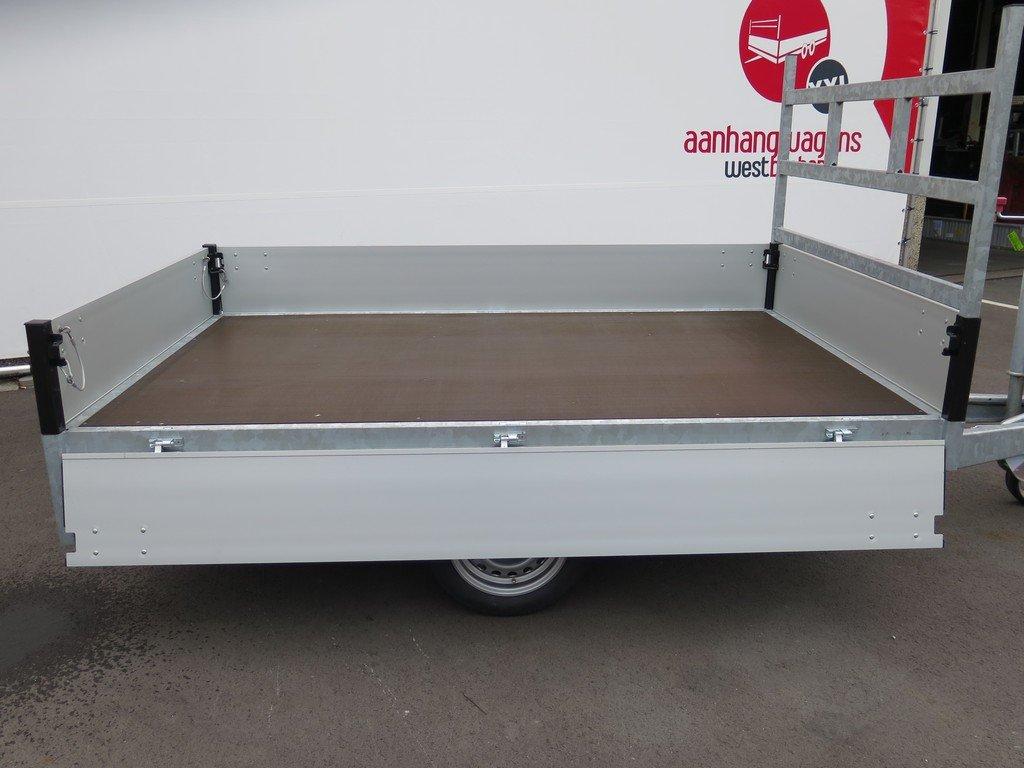 Proline plateauwagen 251x155cm 1500kg Proline plateauwagen 251x155cm 1350kg Aanhangwagens XXL West Brabant 3.0 zijkant open