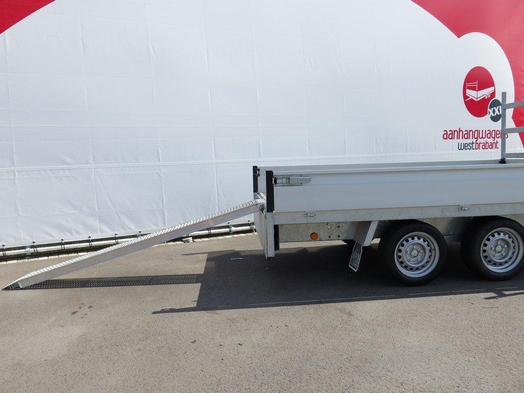 Proline plateauwagen 301x185cm 2700kg verlaagd Aanhangwagens XXL West Brabant 2.0 rijplaten Aanhangwagens XXL West Brabant