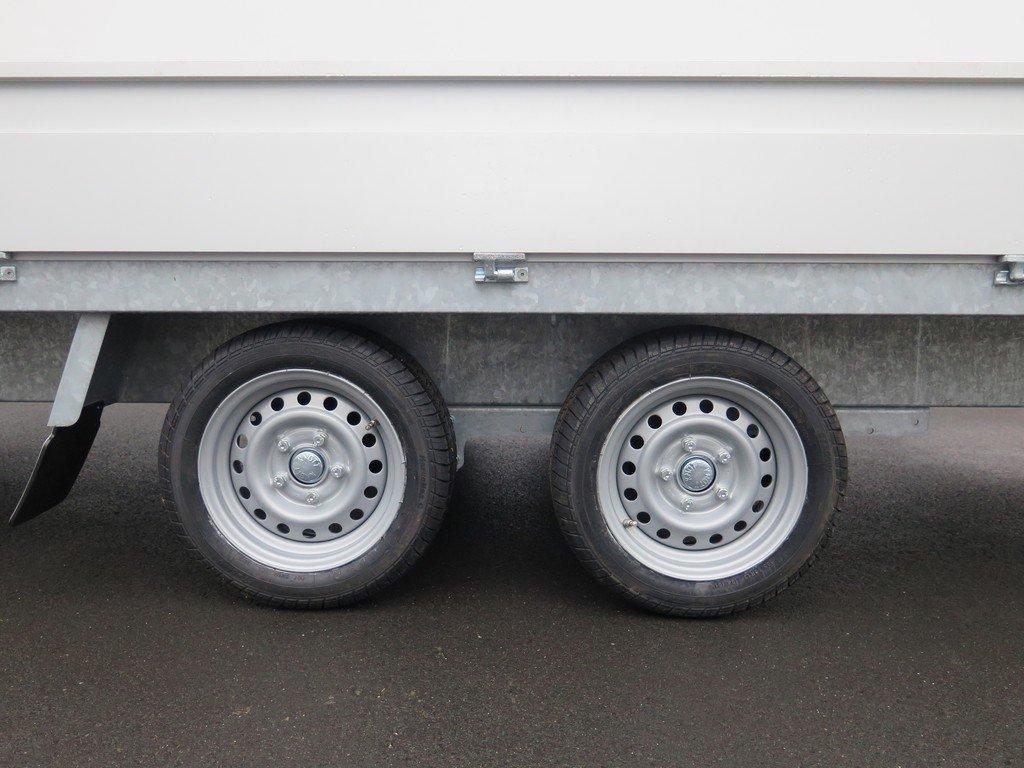 Proline plateauwagen 401x185cm 2700kg verlaagd Aanhangwagens XXL West Brabant 3.0 tandemas Aanhangwagens XXL West Brabant