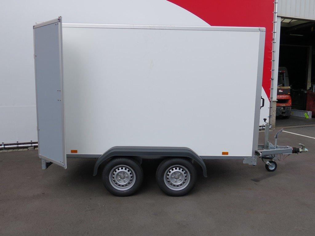 Saris gesloten aanhanger 306x154x180cm 2000kg Aanhangwagens XXL West Brabant 2.0 zijkant Aanhangwagens XXL West Brabant