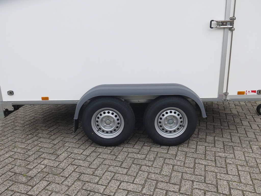 Saris gesloten aanhanger 356x169x180cm 2700kg Aanhangwagens XXL West Brabant 2.0 dubbele as Aanhangwagens XXL West Brabant