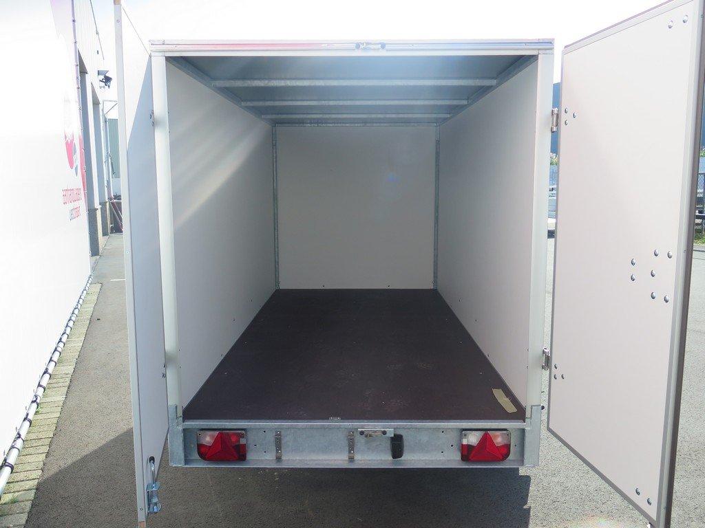 Easyline gesloten aanhanger 300x147x150cm 1600kg Easyline gesloten aanhanger 300x150x150cm 1500kg Aanhangwagens XXL West Brabant 2.0 achter open