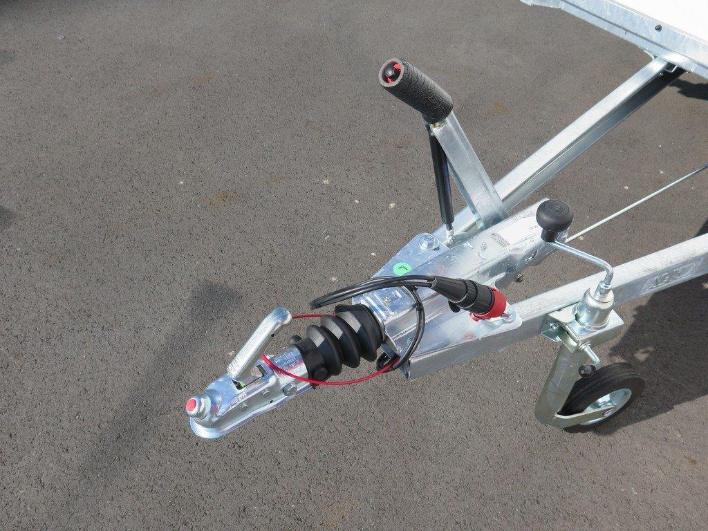 Easyline gesloten aanhanger 300x147x150cm 1600kg Easyline gesloten aanhanger 300x150x150cm 1500kg Aanhangwagens XXL West Brabant 2.0 dissel