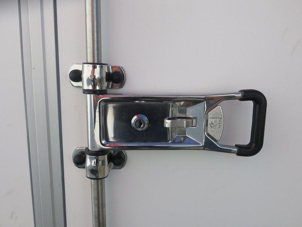 Easyline gesloten aanhanger 300x147x150cm 1600kg Easyline gesloten aanhanger 300x150x150cm 1500kg Aanhangwagens XXL West Brabant 2.0 sluiting