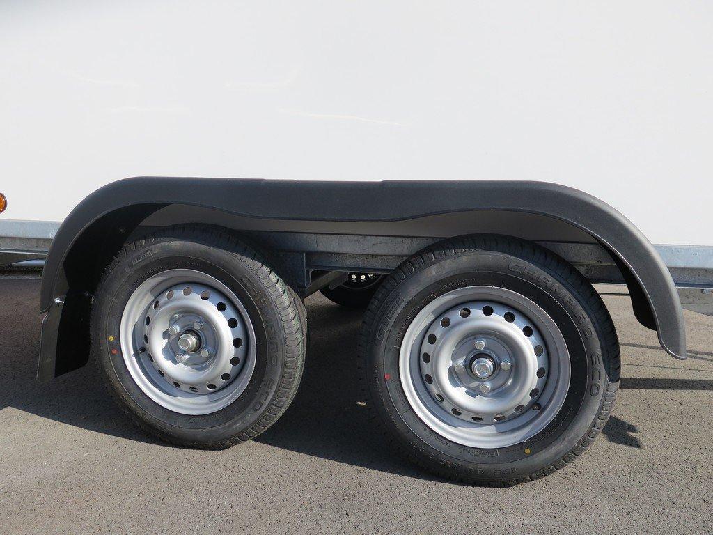 Easyline gesloten aanhanger 300x147x150cm 1600kg Easyline gesloten aanhanger 300x150x150cm 1500kg Aanhangwagens XXL West Brabant 2.0 tandemas