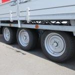 Hulco plateauwagen 500x200cm 3500kg tridemas Aanhangwagens XXL West Brabant banden Aanhangwagens XXL West Brabant