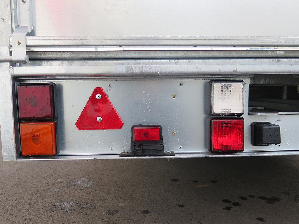 Ifor Williams plateauwagen 547x198cm 3500kg tridemas