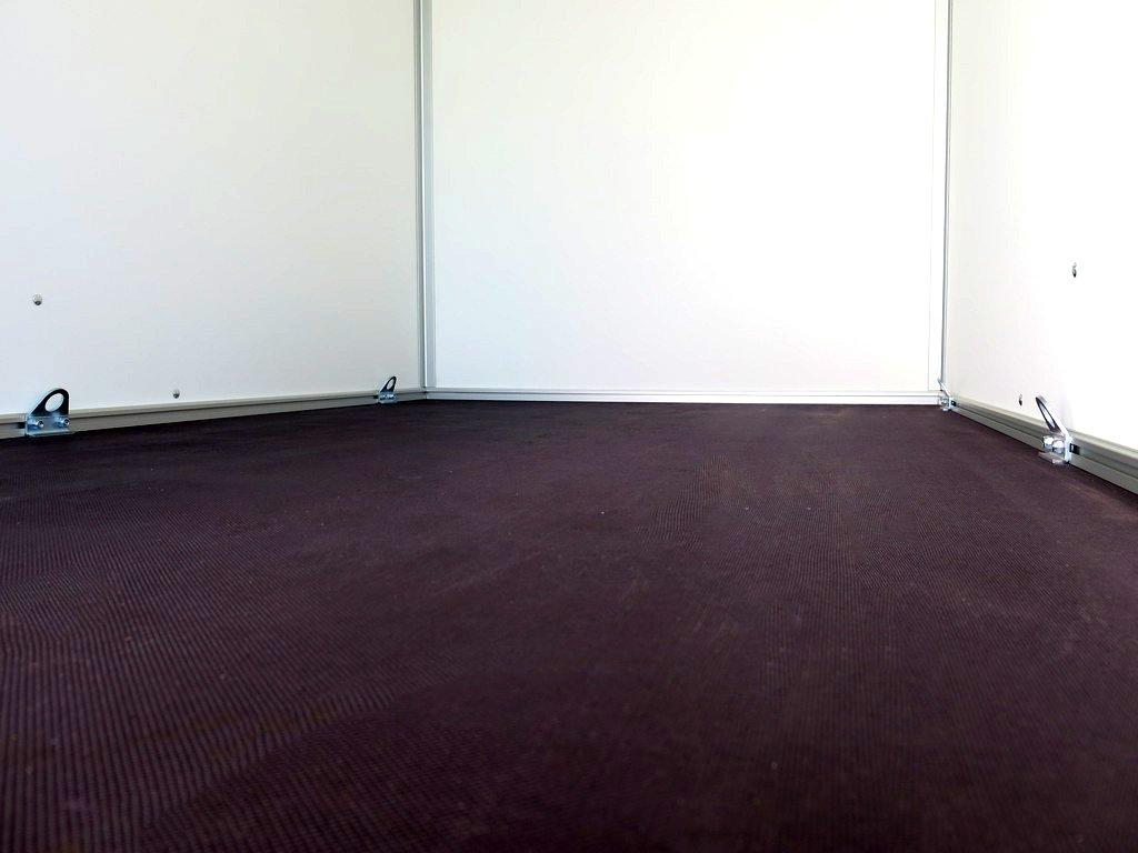 Proline gesloten aanhanger 251x132x152cm 750kg