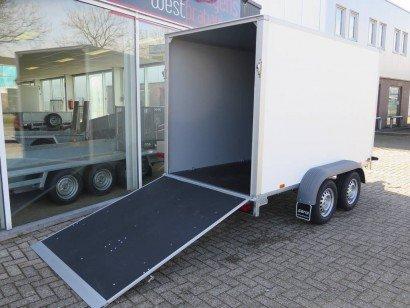 Saris gesloten 306x154x180cm met klep Aanhangwagens XXL West Brabant klep Aanhangwagens XXL West Brabant