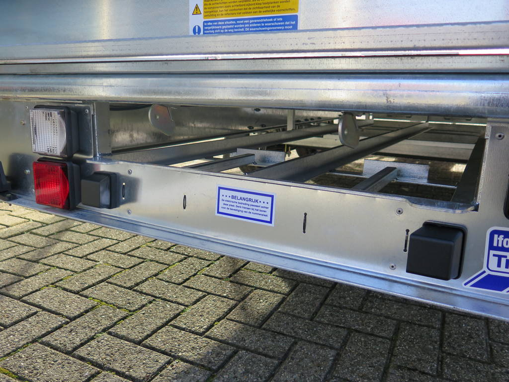 Ifor Williams plateau 547x225cm 3500kg 2-as Aanhangwagens XXL West Brabant sledes Aanhangwagens XXL West Brabant