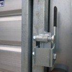 Ifor Williams veetrailer 366x178x183cm klep deur systeem veetrailers Aanhangwagens XXL West Brabant sluiting Aanhangwagens XXL West Brabant