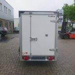 maatwerk-gesloten-aanhangwagen-voor-inbouw-compressor-251x132x150-1350kg-speciaalbouw-aanhangwagens-xxl-west-brabant-achterkant-geslot Aanhangwagens XXL West Brabant