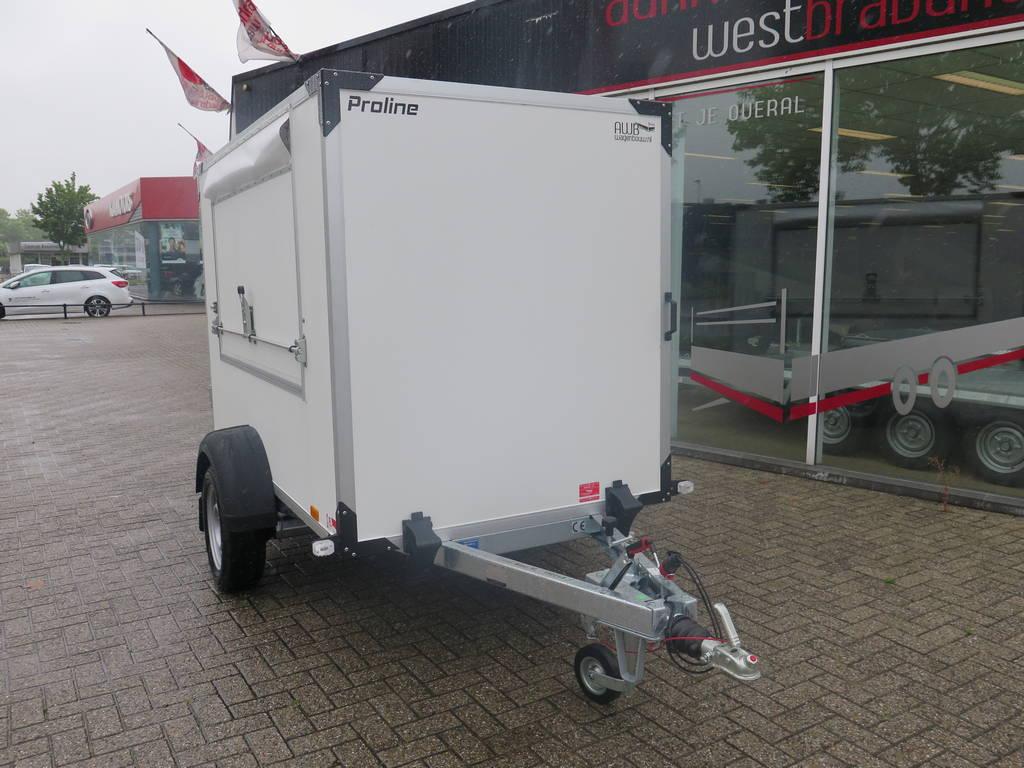 maatwerk-gesloten-aanhangwagen-voor-inbouw-compressor-251x132x150-1350kg-speciaalbouw-aanhangwagens-xxl-west-brabant-schuin-voorkant Aanhangwagens XXL West Brabant