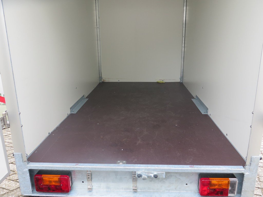 Easyline gesloten aanhanger 200x125x150cm 750kg Aanhangwagens XXL West Brabant vloer Aanhangwagens XXL West Brabant