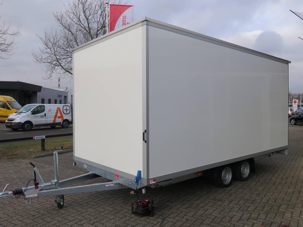 Maatwerk gesloten aanhangwagen 500x244x230cm speciaalbouw Aanhangwagens XXL West Brabant voorkant 2.0 Aanhangwagens XXL West Brabant