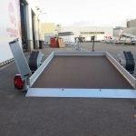Humbaur autotransporter 280x175cm 1350kg Humbaur autotransporter 280x175cm 1350kg Aanhangwagens XXL West Brabant 2.0 achter gezakt