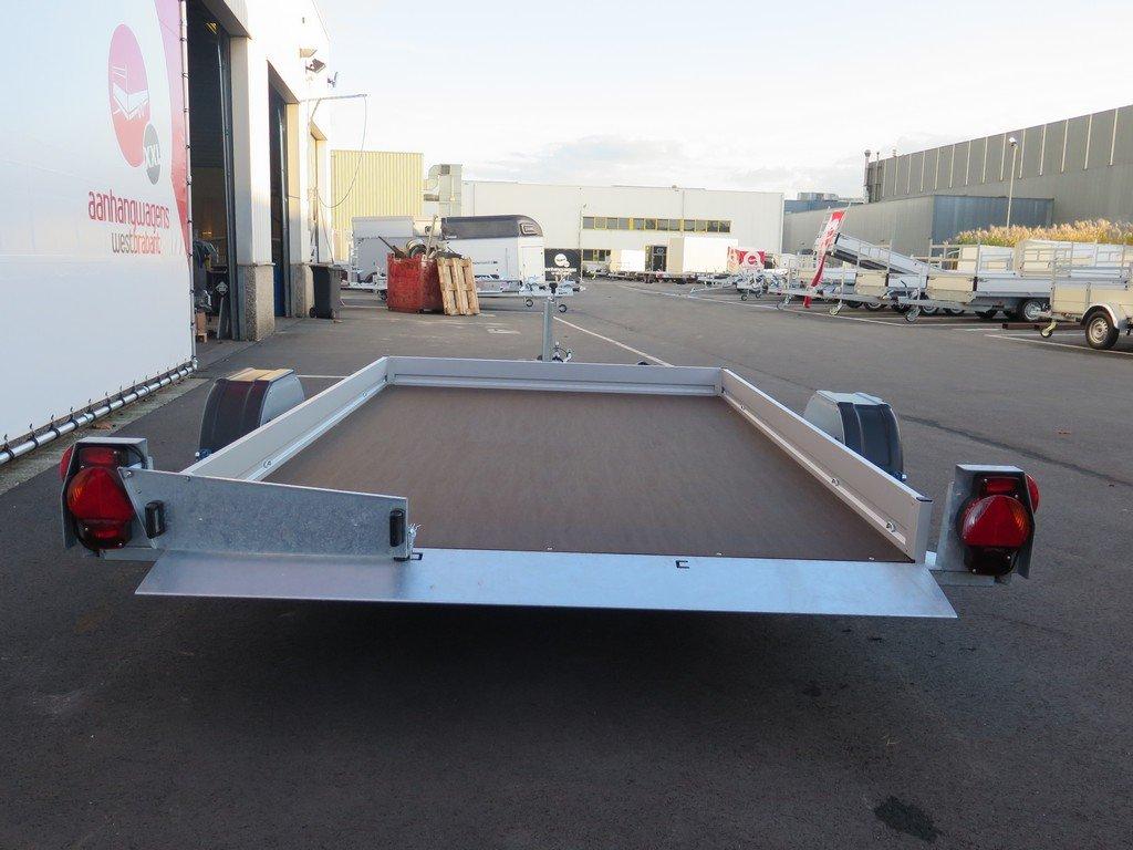 Humbaur autotransporter 280x175cm 1350kg Humbaur autotransporter 280x175cm 1350kg Aanhangwagens XXL West Brabant 2.0 achter vlak