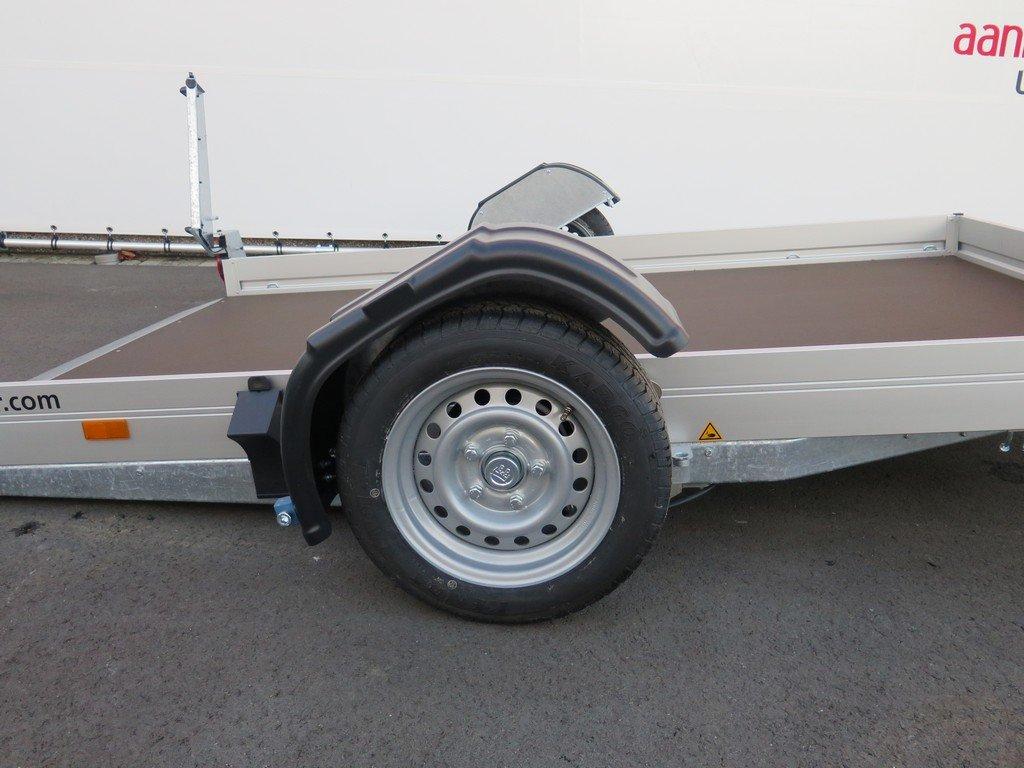 Humbaur motortrailer 280x175cm 1350kg zakbaar Aanhangwagens XXL West Brabant 2.0 zijkant gezakt Aanhangwagens XXL West Brabant