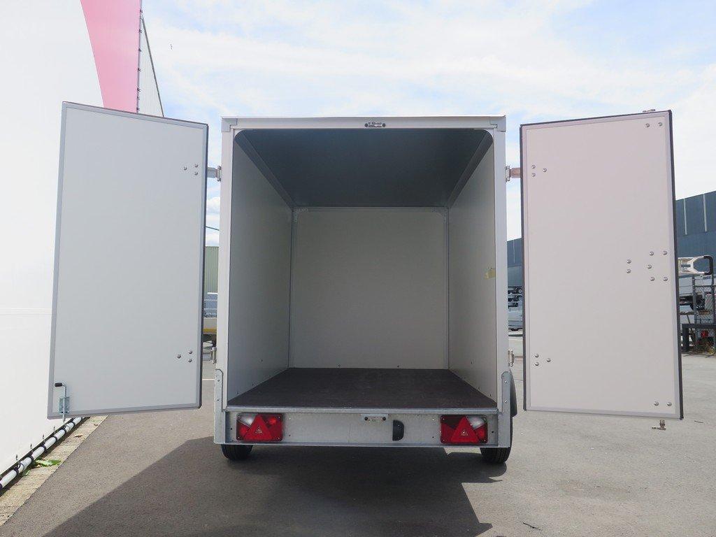 Easyline gesloten aanhanger 250x150x150cm 1450kg