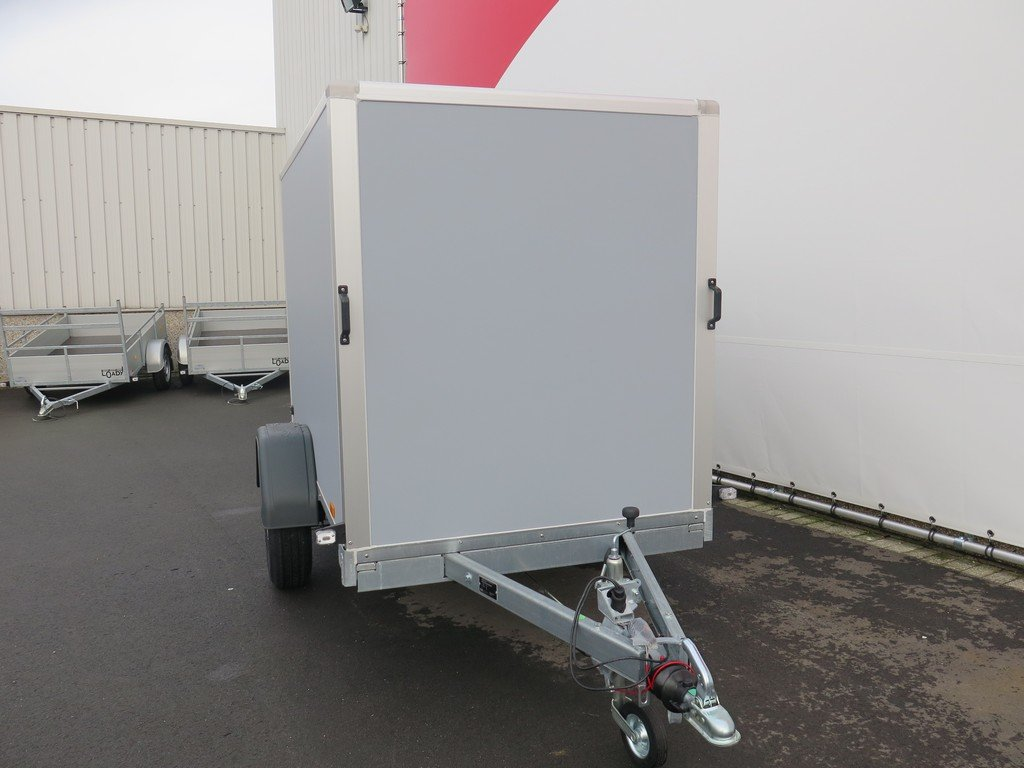 Saris gesloten aanhanger 256x134x150cm 1350kg grijs Aanhangwagens XXL West Brabant voorkant